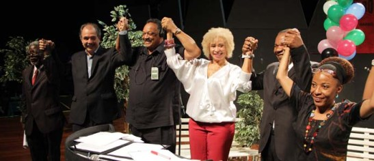 Jesse Jackson participates in the Second International Seminar of the Observatory of the Black Population at the Afroétnica Flink Sampa fair in São Paulo. Jackson is joined by prominent University of São Paulo professor Kabengele Munanga (far left), Sonia Guimarães, the first black Brazilian woman to earn a Ph.D in Physics (red pants), José Vicente, dean of Brazil's first and only black college Unipalmares and Ruth Lopes, director of the NGO Afrobras