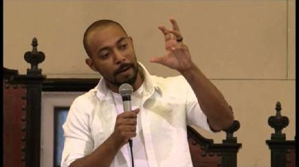 "Douglas Belchior of the Carta Capital blog ""Negro Belchior"""