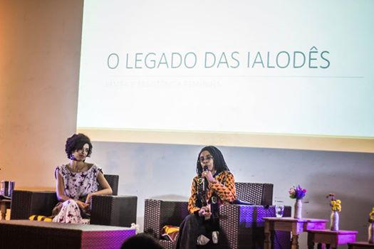 Jurema Werneck presents her research at the 2014 Festival Latinidades in Brasília