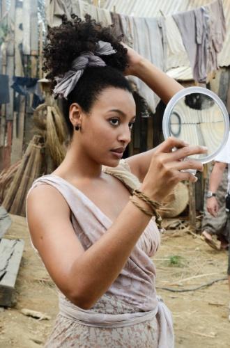 10 - Em 'Lado a Lado', a atriz Sheron Menezzes interpreta a vilã de origem pobre, Berenice