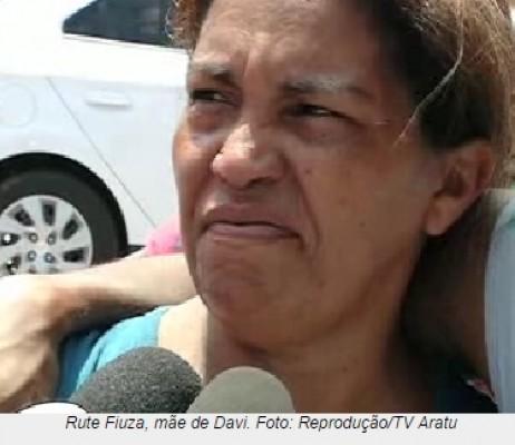 Davi's mother, Ruth