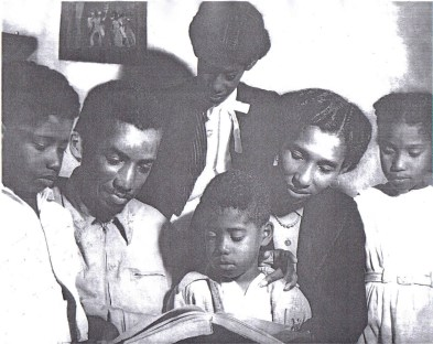 The Trindade family: Liberto, Solano, Raquel (top), Chiquinho (below), Margarida and Godiva