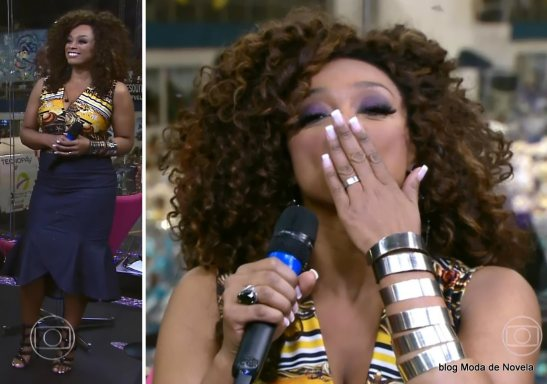 Singer Paula Lima during commenting during Globo TV's Carnaval coverage