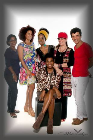 Monica Anjos and her team in a new campaign