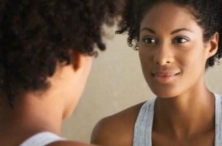 Minha solidão me ensinou o autoamor - black-woman-self-esteem