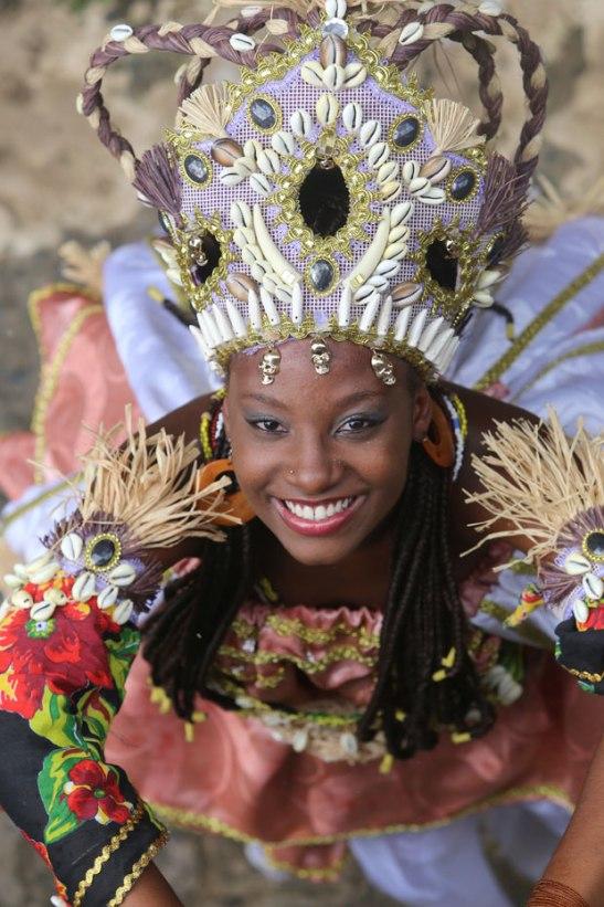 Deusa do Ilê e de Cajazeiras, Larissa Oliveira ganha coroa do Ébano
