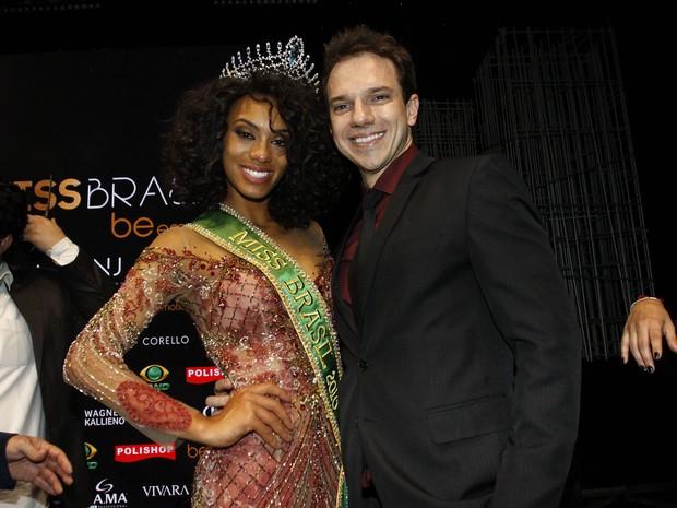 miss-brasil-2016-raissa-santana-do-parana-com-o-namorado-marcos-tagliari-celso
