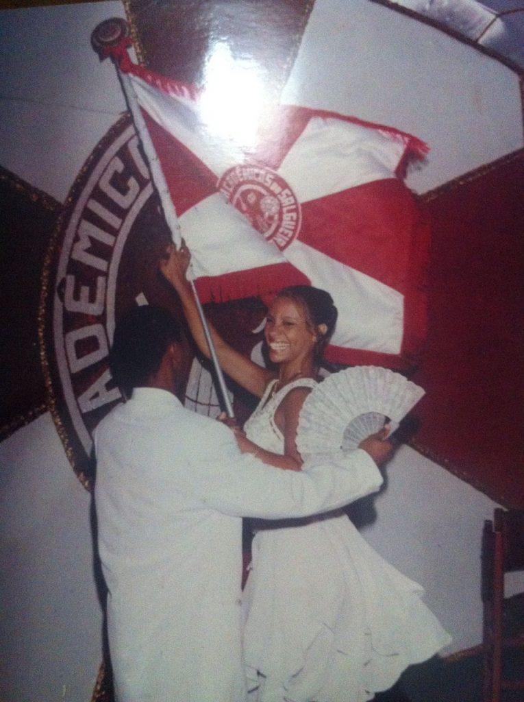 Priscila-Rosa-porta-bandeira-do-Salgueiro-Carnaval-do-Rio-2000-765x1024