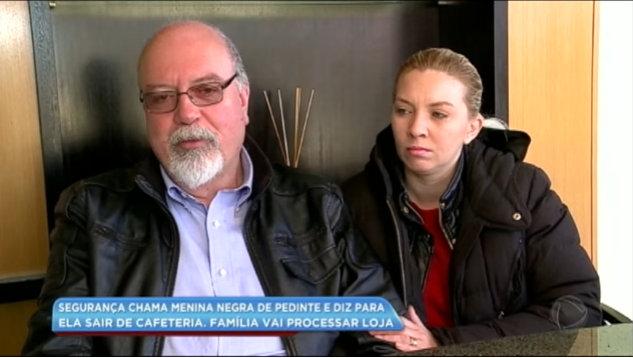 Família de Curitiba acusa loja da Starbucks de racismo contra criança negra (casal)