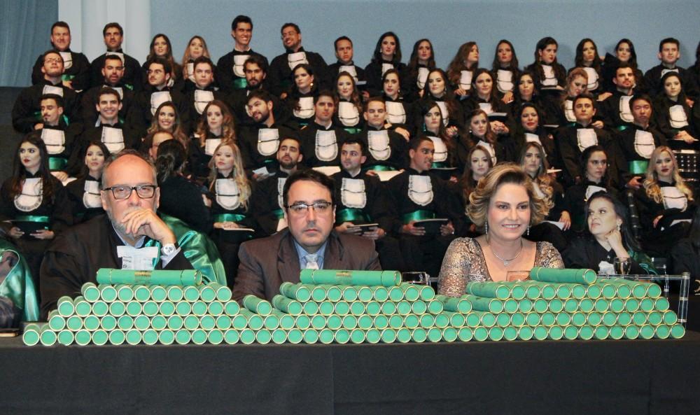 Medicina da Turma 142, da Universidade Federal de Minas Gerais - 175 grads