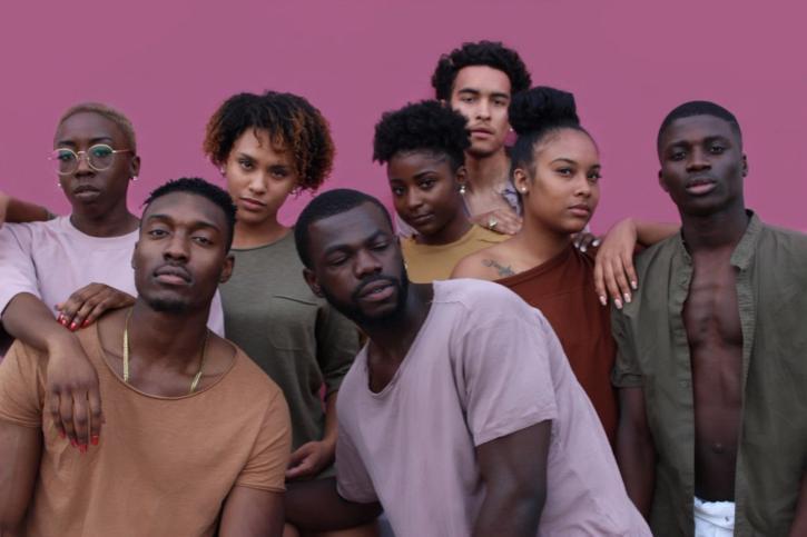 Revista Ókótó - volorismo-triste-realidade-faz-negros-de-pele