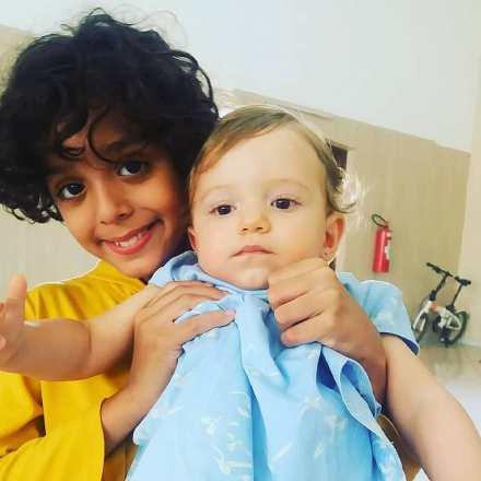 Gabriel Moreira and baby, white skin
