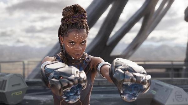 Shuri, do filme Pantera Negra, é uma personagem cuja inteligência atiçou haters nas redes sociais
