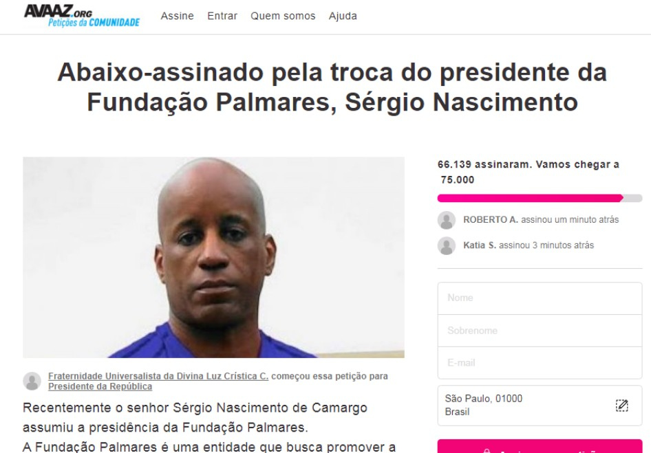 sérgio camargo petition (Members of black social movement occupy headquarters of the Palmares)