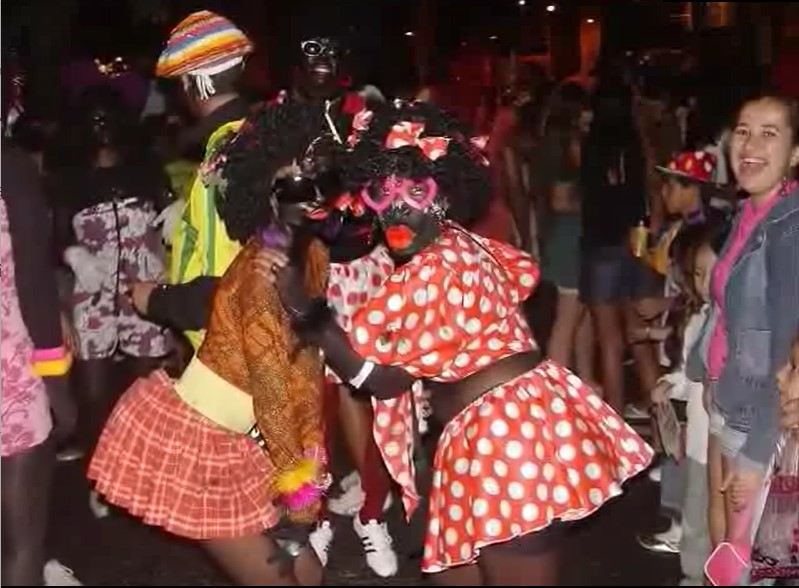 Nega Maluca Carnaval bloco still parades with depreciative images