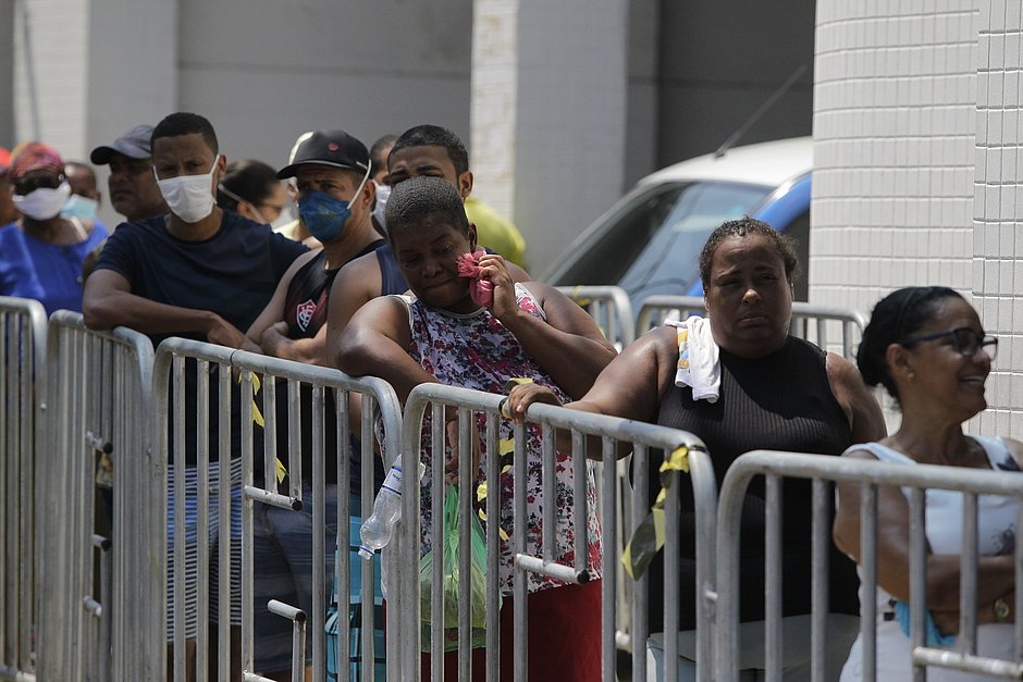 Death Rate of Blacks In Brazil is Greater than Whites | COVID-19
