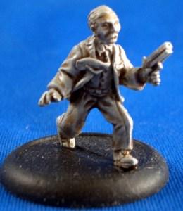 Investigator running with Pistol