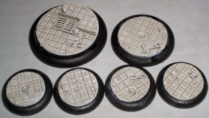 2x 50mm 2x 40mm 4x 30mm Laboratory Floor base inserts