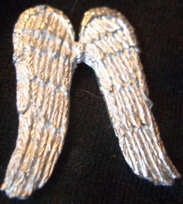 2x Poor angels wings