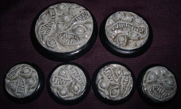 3x Nightmare bases 50mm base inserts