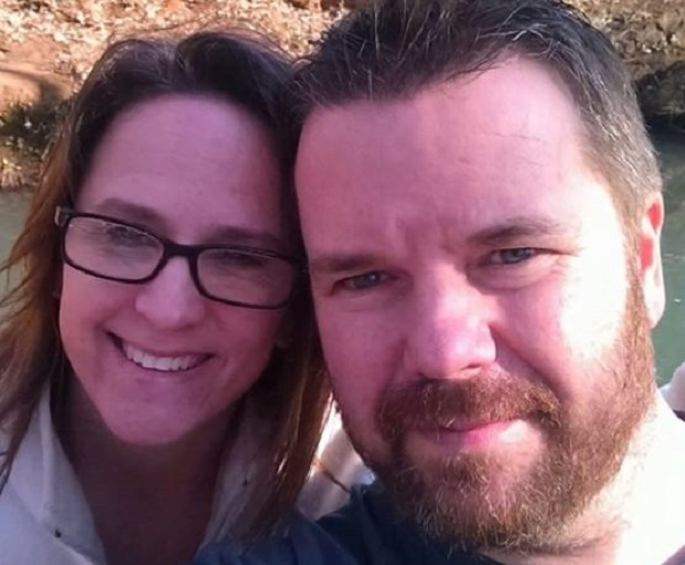 Kelly Clarke and his wife