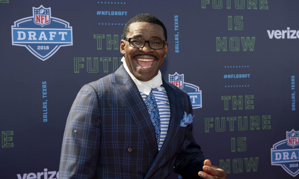 Dallas Cowboys former wide receiver Michael Irvin arrives on the red carpet before the 2018 NFL Draft at AT&T Stadium. (Credit: Jerome Miron, USA TODAY Sports)