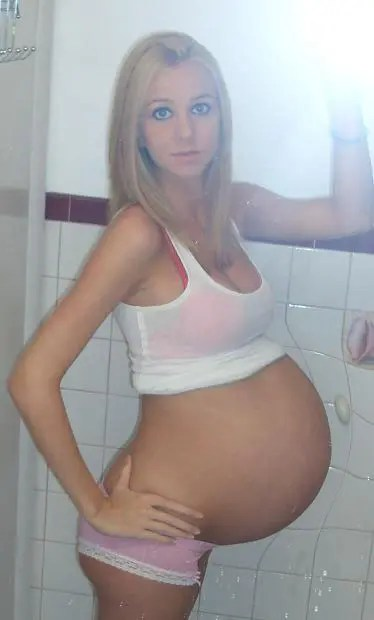 Selfie For Cuckie - image  on https://blackcockcult.com