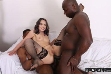 Cheating Girlfriend Loves Anal - image  on http://blackcockcult.com