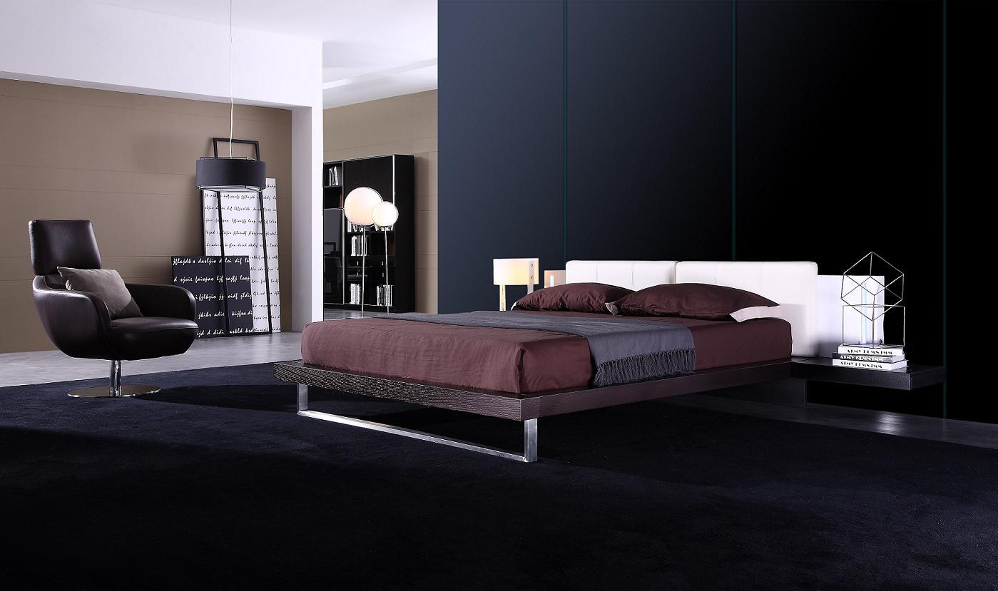 """""""Reno-Tech"""" – Contemporary Platform Bed"""
