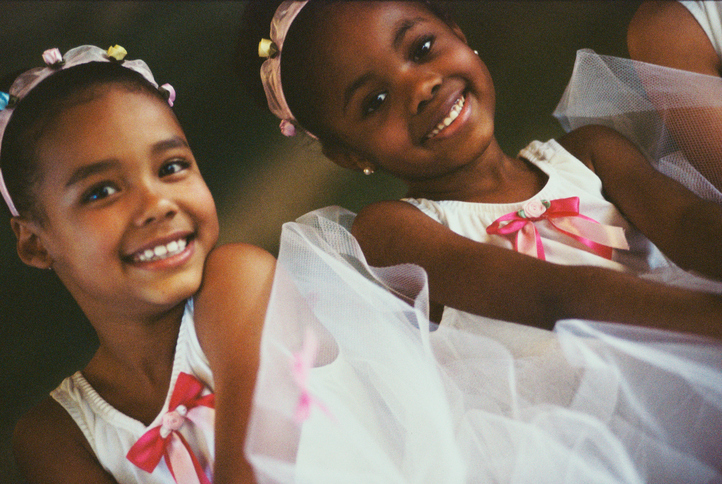African American girls ballet dancers