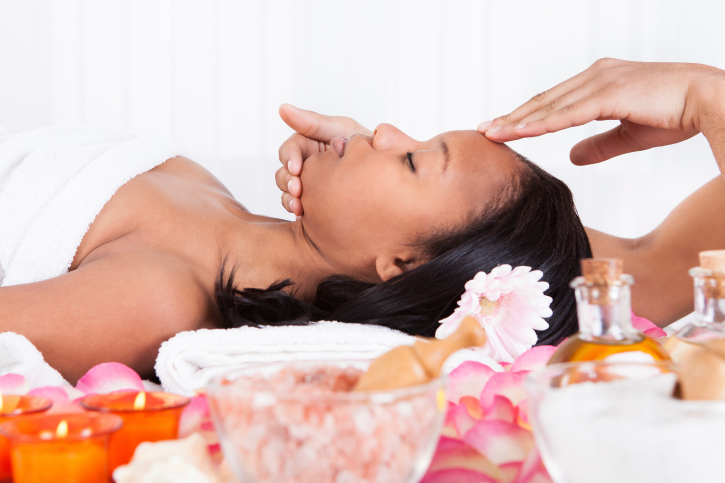 woman spa facial