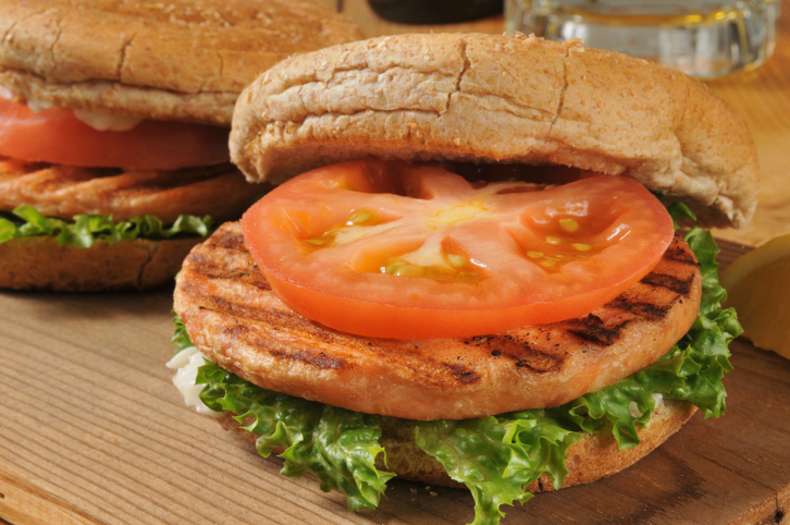 Grilled salmon burgers