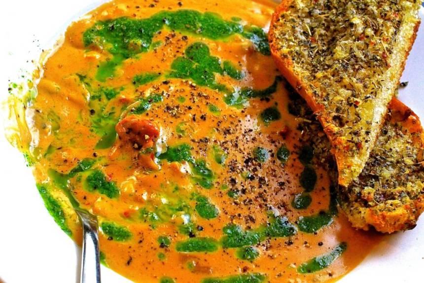 darius cook corn lobster chowder