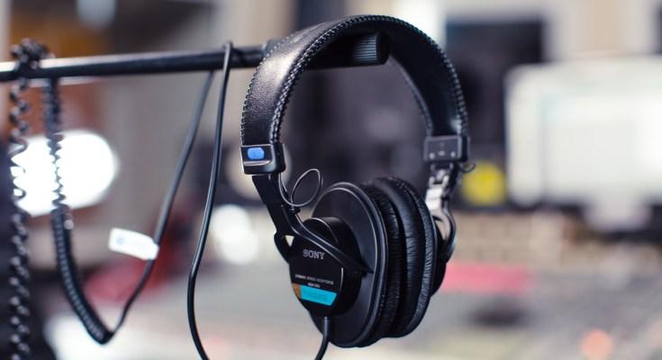 Studio Headphones black friday deals 2019