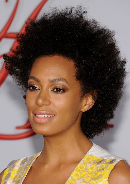 solange knowles takes twitter