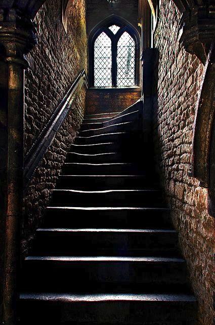 Hogwarts Steps courtesy of Pinterest.com