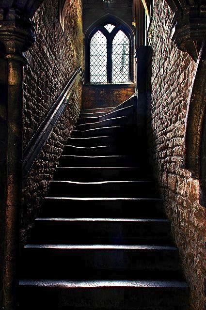 Hogwarts Steps courtesy of Pinterest.com
