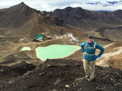 Tongariro Alpine Crossing_Nicole hands on hips_Emerald Lakes