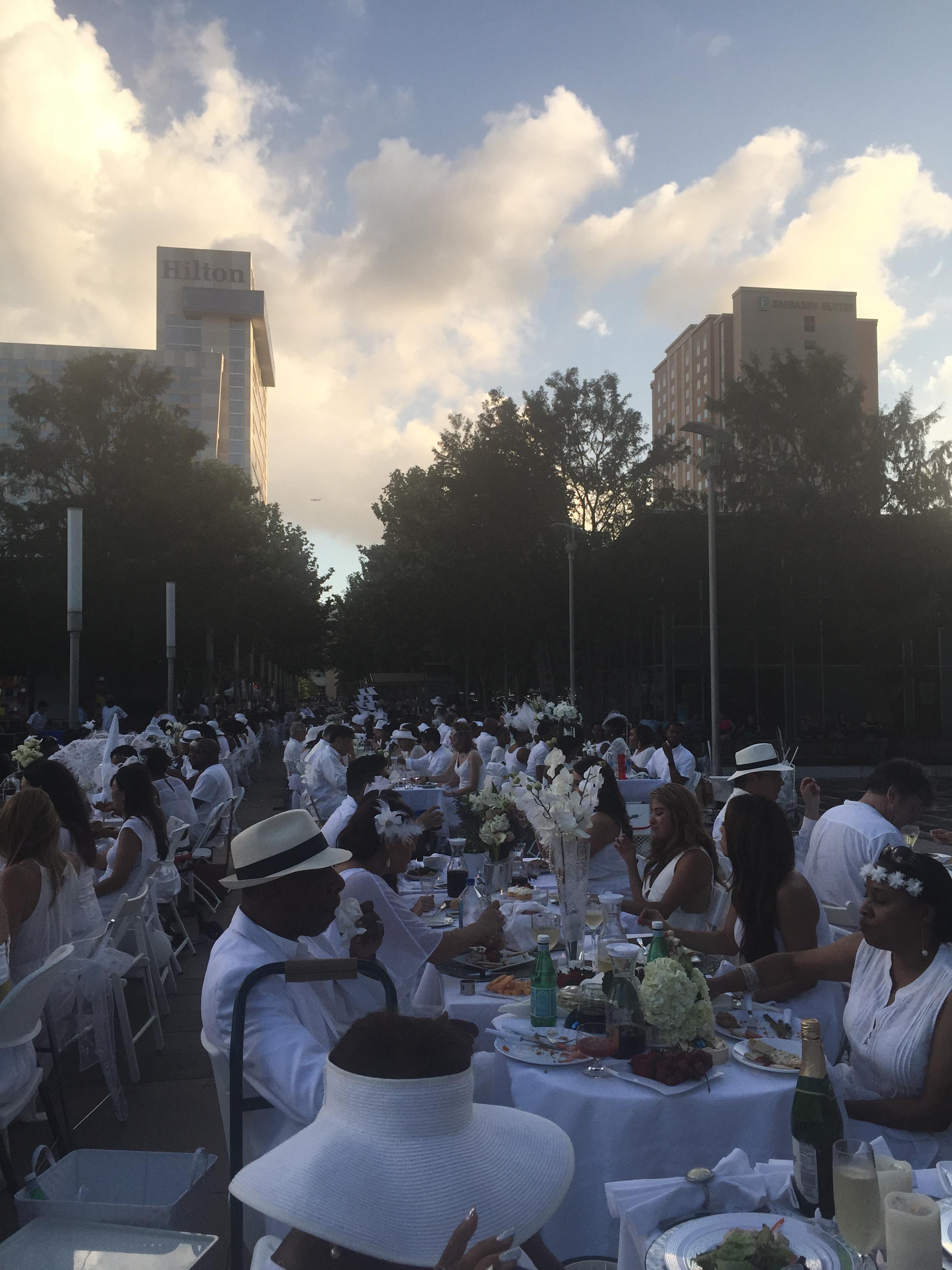 Diner En Blanc: The Preparations