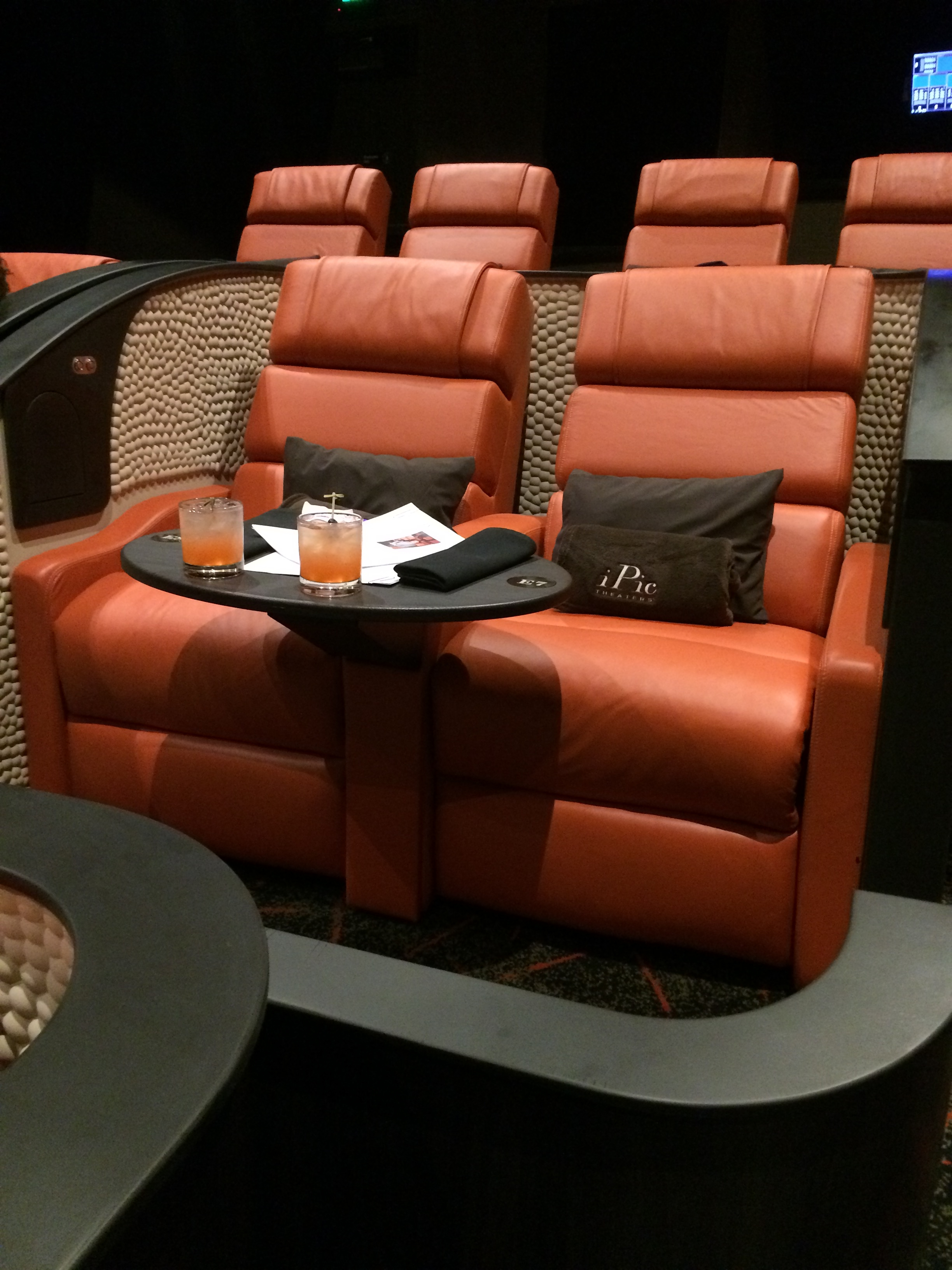 iPic Theater Review Black Girls Who Brunch