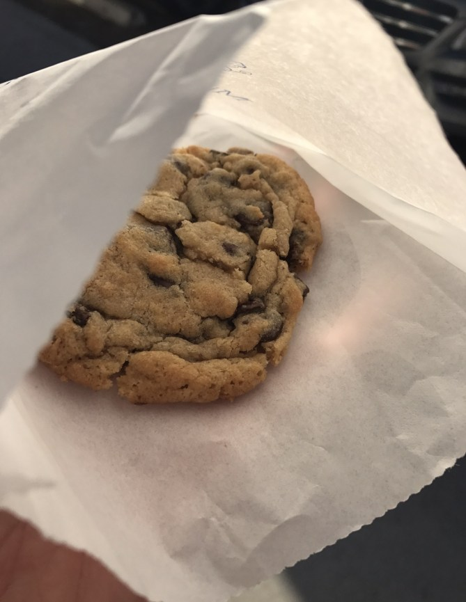Tiny Boxwood Chocolate Chip Cookie