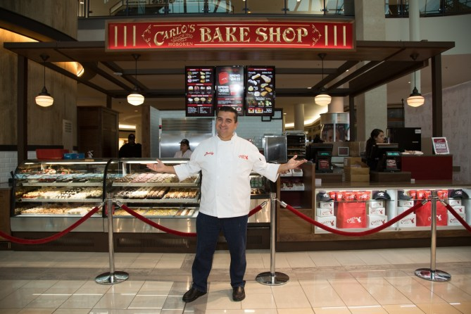 Buddy the star of Cake Boss!