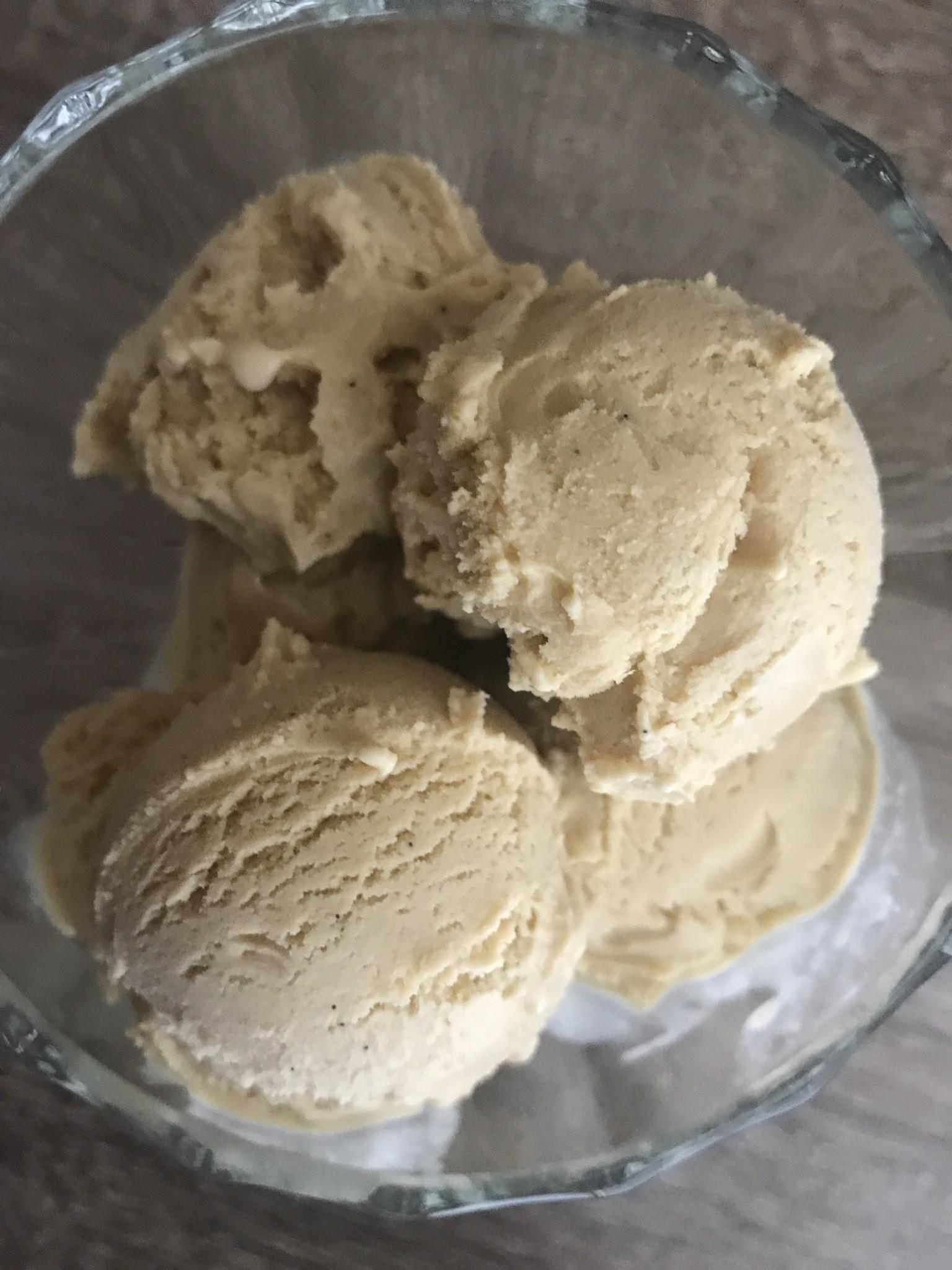 KitchenAid Ice Cream Attachment vs. Cuisinart Ice Cream Maker ... on kitchen aid food, kitchen aid pasta, kitchen aid barbecue, kitchen aid meringue, kitchen aid red,