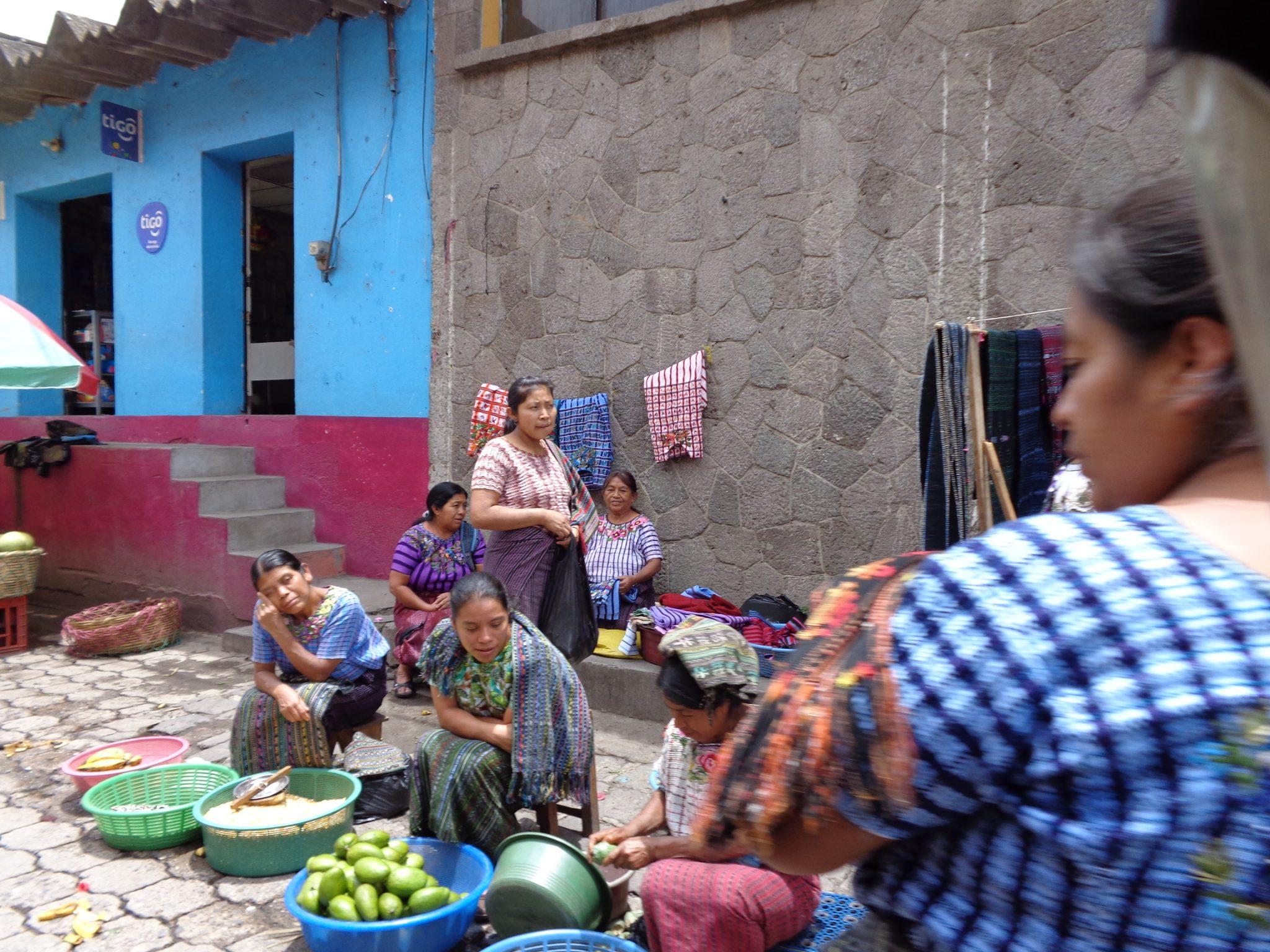 Guatemala-street-market