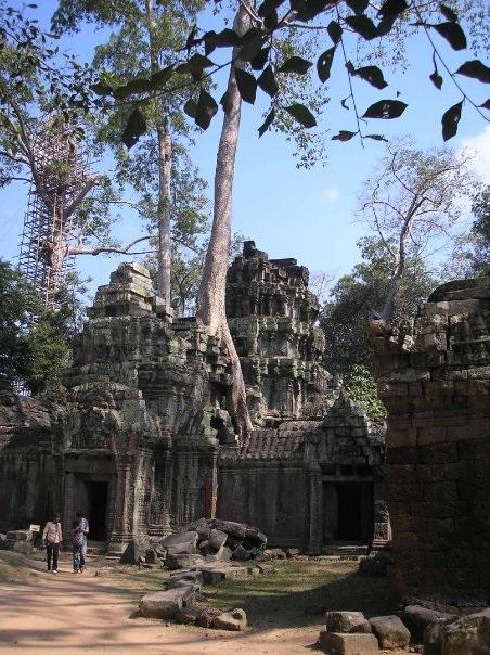 Bayon-temple-angkor-cover