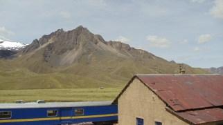 train-ride-cuso-to-puno