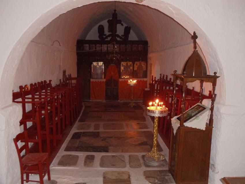 mykonos-church-inside