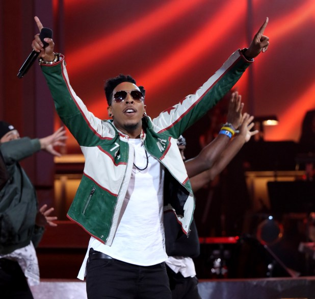 LOS ANGELES, CA - JANUARY 09:  Singer Deitrick Haddon performs onstage during BET Celebration Of Gospel 2016 at Orpheum Theatre on January 9, 2016 in Los Angeles, California.  (Photo by Mark Davis/BET/Getty Images for BET)