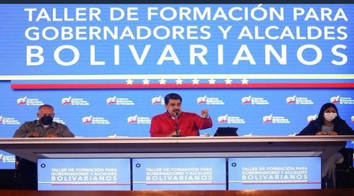 Maduro highlights the people's right to access the COVID-19 vaccine.