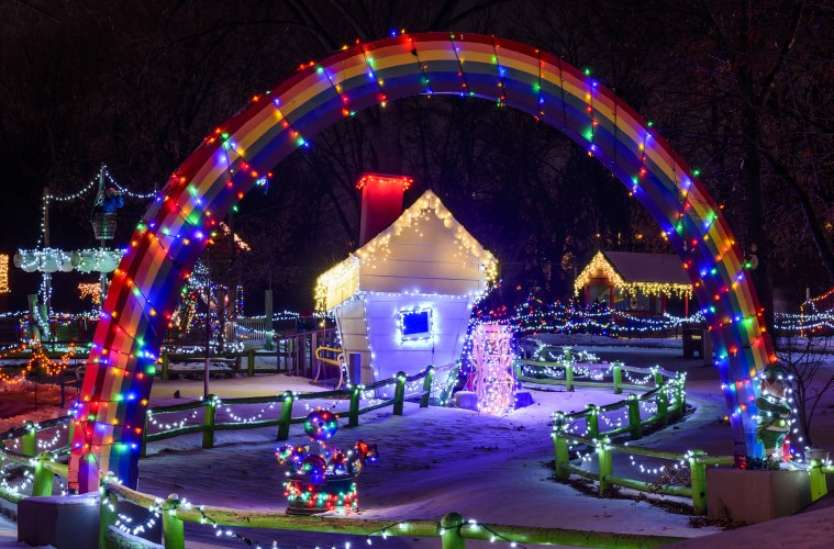 Storybook-Holiday-Lights